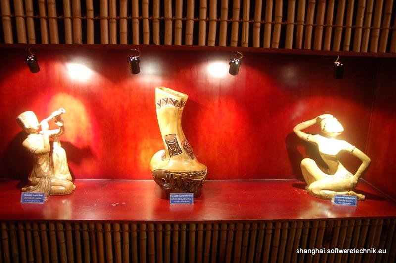 Holzschnitzereien aus Vietnam